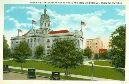 Public square, showing Smith County court house and Citizens National Bank, Tyler, Texas