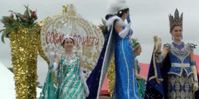 Float in the 2017 Texas Rose Parade in Tyler